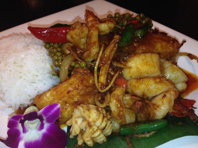 Pud Chaa Seafood